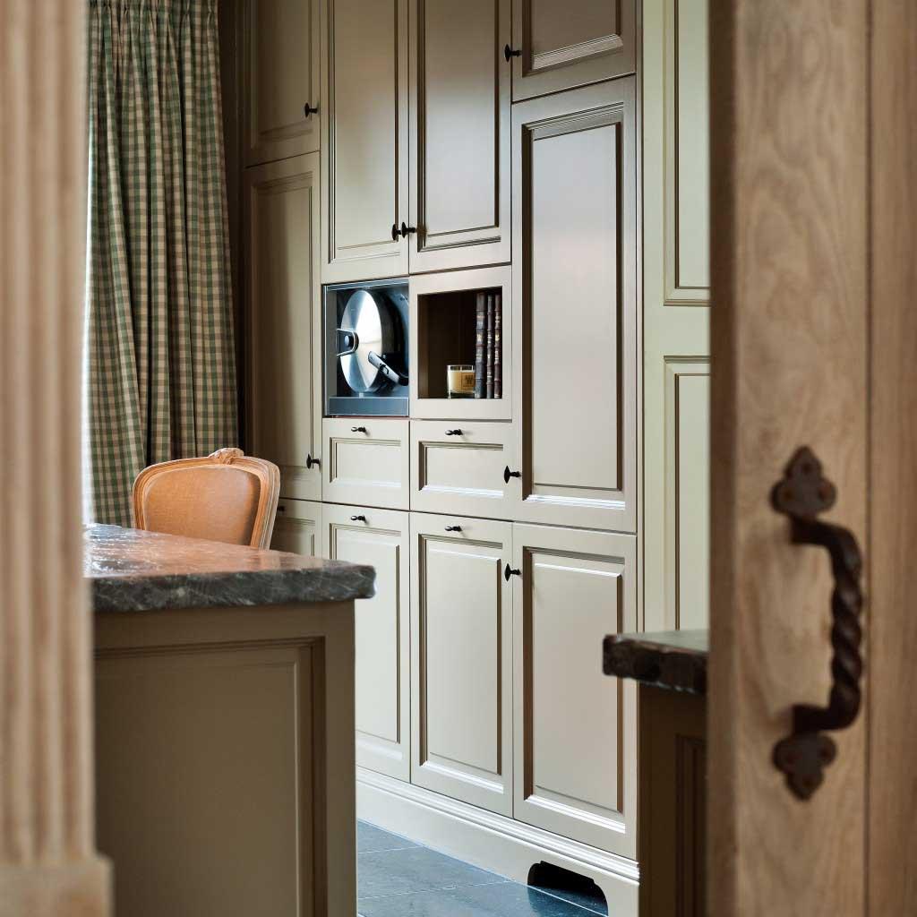 Engelse-stijl-maatwerk-keuken-miele-hogedruk-stoomoven-JACOB-Apeldoorn