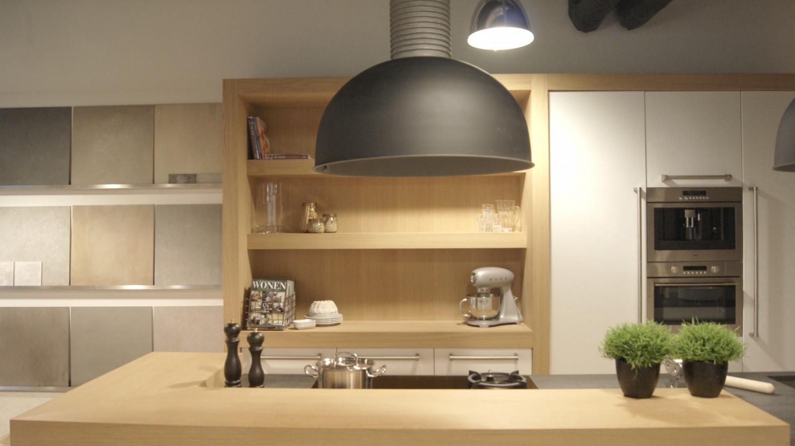 Kastenwand Keuken Showroom: Keukens voor zeer lage keuken prijzen ...